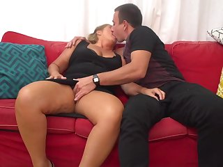 Giuliana is a mature whore who can shriek quarrel back from having casual fuck-a-thon adventures